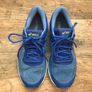 ASICS Womens Gel-Kayano 24 Running Shoe size 10